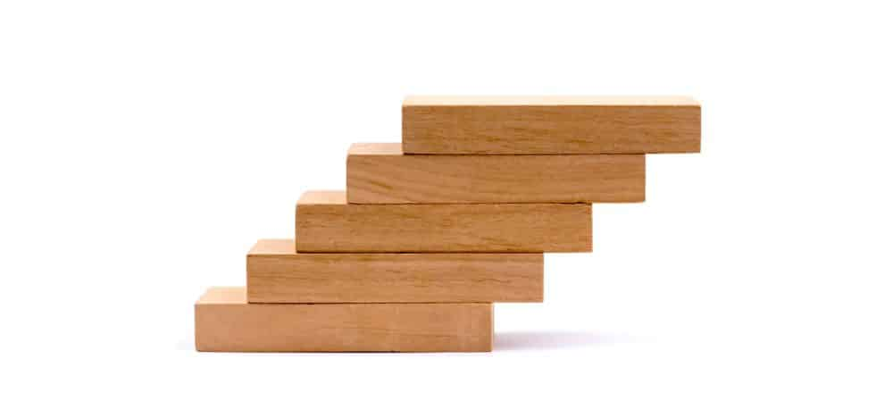 Building blocks indicating mortgage industry growth